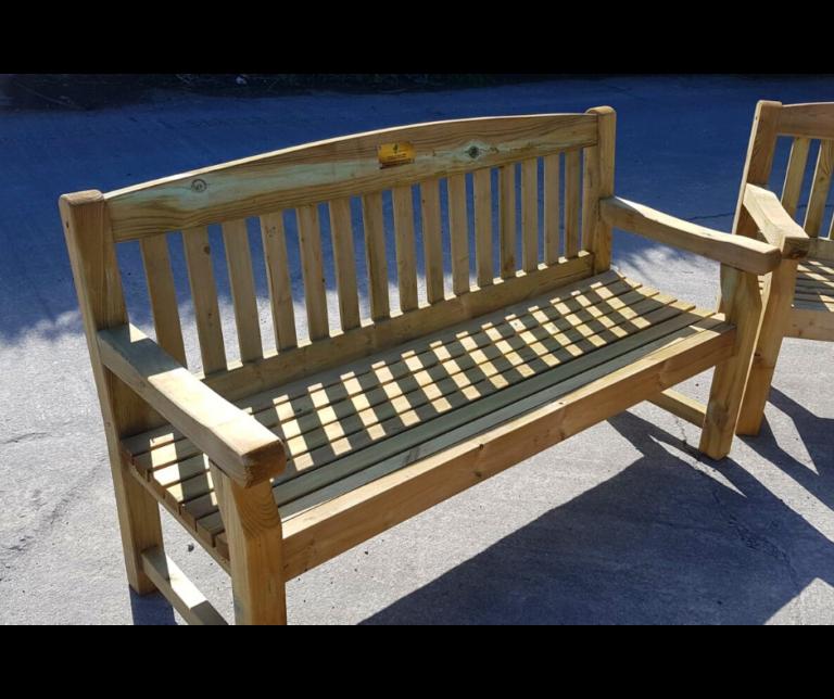 3 Seater Premium Garden Bench (5 Ft 5) - Hennessy Outdoors
