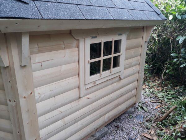 BBQ Hut Exterior