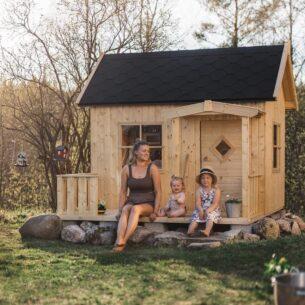 Lodge Kids Wooden Playhouse