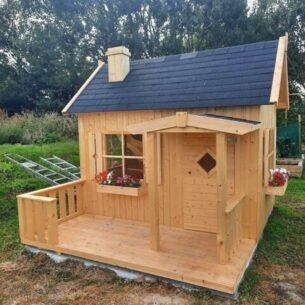 Lodge Wooden Playhouse